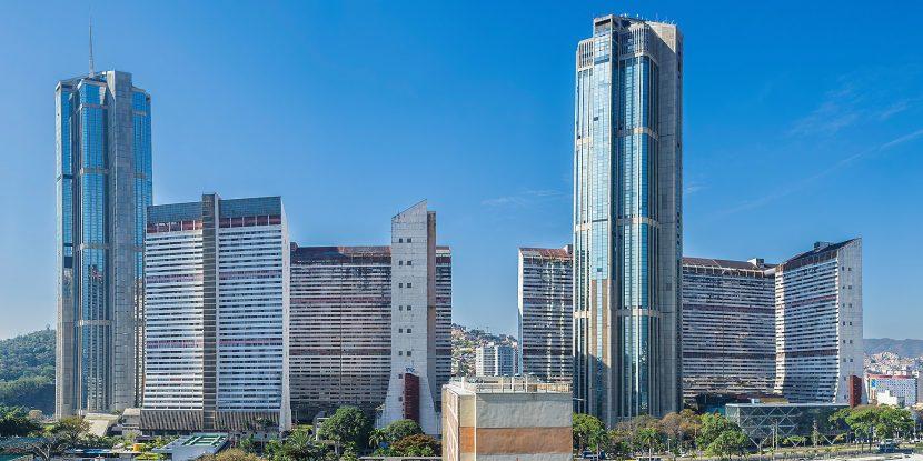 Vuelven los edificios de uso mixto Tadeo Arosio122 830x415 - Vuelven los edificios de uso mixto